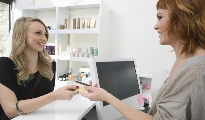 Upselling packages for Valentine's Day in a salon