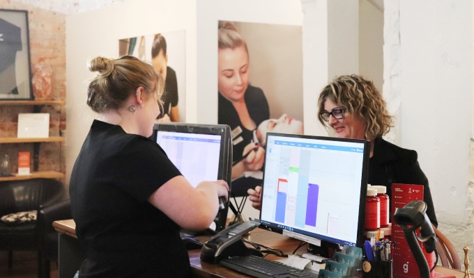 Client average spend for hair and beauty industry NZ AU